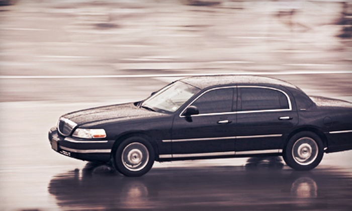 Towncar Express San Francisco - San Francisco: One-Way or Round-Trip Lincoln Town Car Ride for Four to SFO from Towncar Express San Francisco (Up to 56%Off)