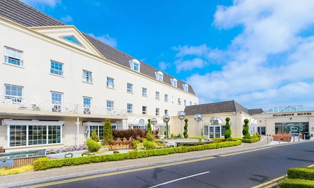 Monaghan: 13 Nights For Two with Breakfast, Dining and Spa Vouchers and 60Minute Thermal Access at The Hillgrove Hotel