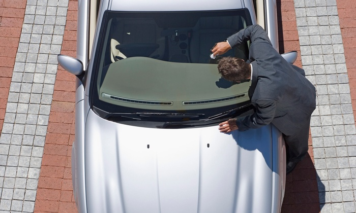 Royal Automotive - Carmichael: $9.99 for On-Location Windshield Crack and Chip Repair from Royal Automotive ($89.99 Value)