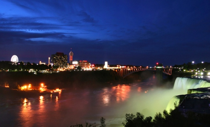 1-Night Stay with Activities and Dining Vouchers at the Best Western Fallsview Niagara Falls (Up to 73% Off)