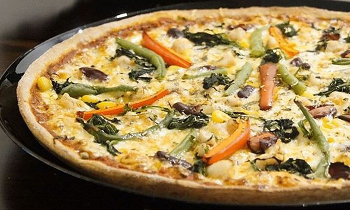 EatforFit - Köln: 3-Gänge-Menü mit Pizza oder Pasta nach Wahl für 2 oder 4 Personen bei EatforFit (bis zu 41% sparen*)