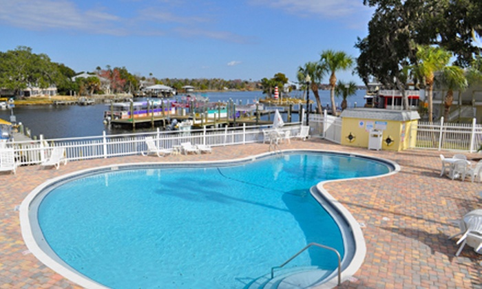 Homosassa Riverside Resort - Homosassa, FL: 2-Night Stay for Two or Four with Dining Credit and Boat Rental at Homosassa Riverside Resort (Up to 53% Off)