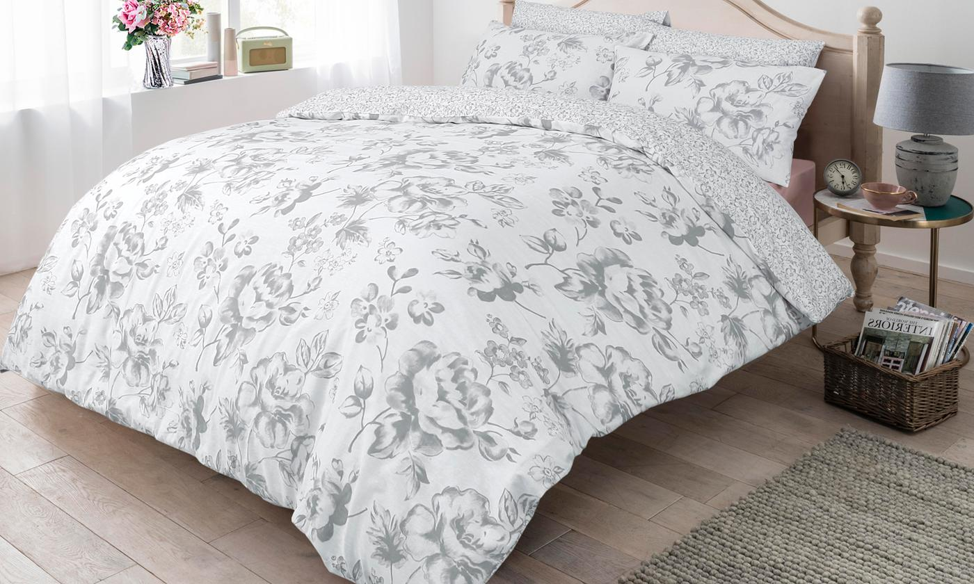 Pieridae Floral Reversible Duvet Set for £7