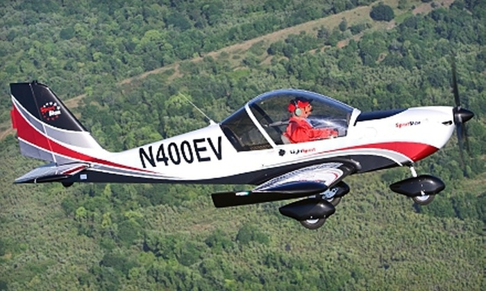 St. Charles Flying Service - Portage Des Sioux: $49 for an Introductory Flight Lesson at St. Charles Flying Service (Up to $99 Value)
