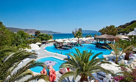 ✈ Bodrum: Up to 7Night Stay at Salmakis Beach Resort & Spa with AllInclusive, Flights and Transfers*