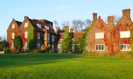 Hertfordshire: Double Room for Two with Breakfast, Dinner and Leisure Club Access at a 4* Hotel