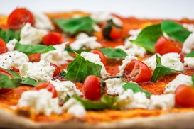 Pizza Superstar: $19 for Two 12-Inch Pizzas and Beers for Two at Pizza Superstar ($50 Value)
