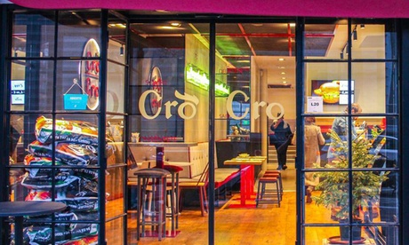 Menú para 2 o 4 con entrante, principal, postre y bebida en Cro Cro Restaurante (hasta 55% de descuento)