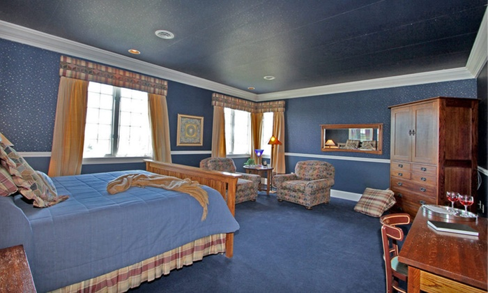 Claremont Inn - Stratton, CO: One- or Two-Night Stay at Claremont Inn in Stratton, CO