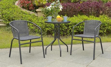 Set de jardín de dos sillas y una mesa de centro