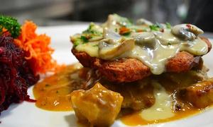 Restauracja w Hotelu Koral: 3-daniowa kolacja dla 2 osób (89,99 zł) z noclegiem (od 179,99 zł) i więcej opcji w Restauracji w Hotelu Koral (do -45%)