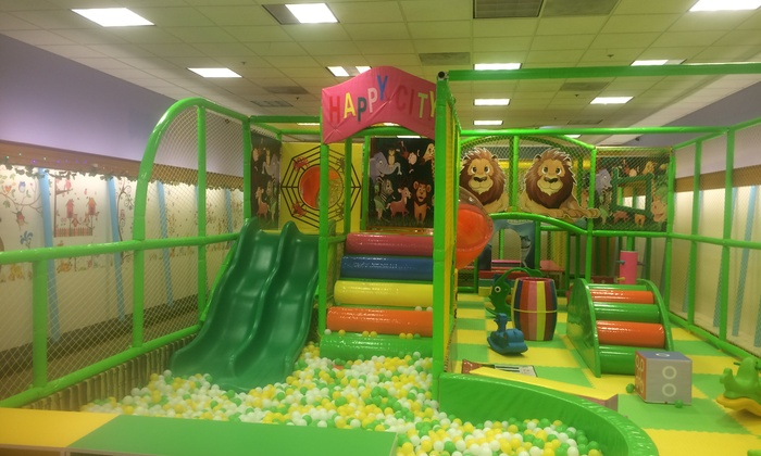 Giggles-N-Wiggles - Capitola: An Indoor-Playground Visit at Giggles-N-Wiggles (20% Off)