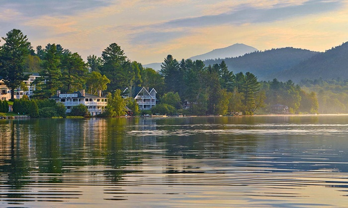 4-Diamond Lakeside Hotel in the Adirondacks