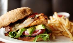 Burgerstop Krefeld: Chicken-Burger-Menü nach Wahl mit Pommes/Wedges und Coleslaw für 1, 2 oder 4 bei Burgerstop Krefeld (bis zu 59% sparen*)