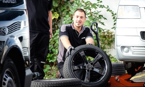 Die Reifenwechsler Gmbh: Reifenwechsel inkl. 6 Monate Einlagerung, Wäsche und Wuchten, opt. mobil, bei Die Reifenwechsler (bis zu 61% sparen*)