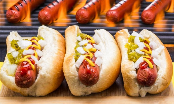 Mister Hotdog - Abu Dhabi: Up to Four Hot Dogs and Soft Drinks or Up to Four Dutch Pancakes at Mister Hotdog (Up to 50% Off)