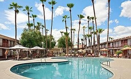 Days Hotel Scottsdale