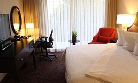 4-Star Mystery Hotel Atlanta