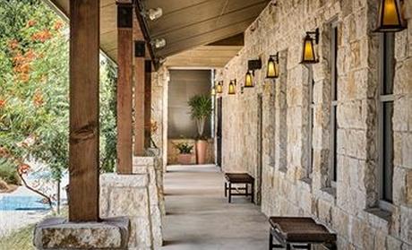 Holiday Inn Northwest/SeaWorld Area