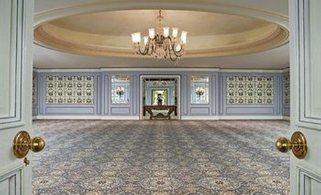 The Pierre, A Taj Hotel