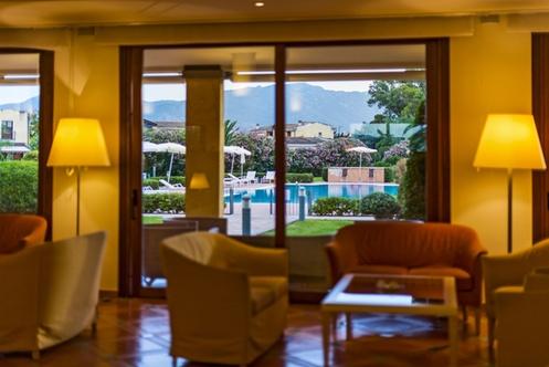 Hotel santa lucia capoterra capoterra for Layout della palestra di 2000 piedi quadrati