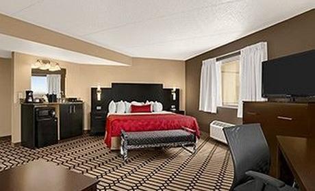 Ramada Plaza Fargo Hotel and Conference Center