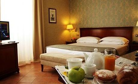 Nesis Hotel
