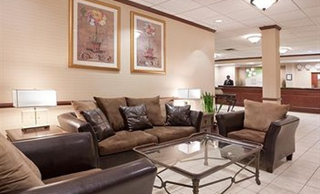 Holiday Inn Cleveland-Airport