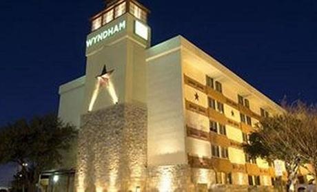 3.5-Star Mystery Hotel Austin