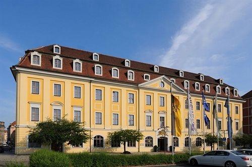 radisson blu gewandhaus hotel dresden. Black Bedroom Furniture Sets. Home Design Ideas