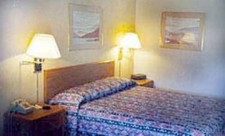 Sturgeon's Restaurant Casino & Motel
