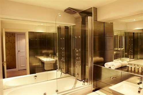 Nira caledonia edinburgh for Bathroom ideas edinburgh