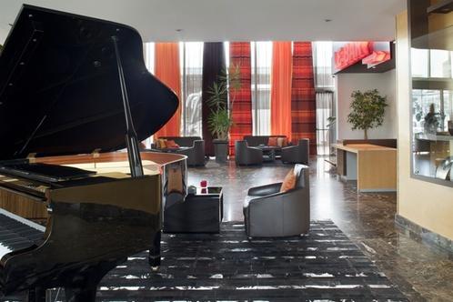 crowne plaza hotel lille euralille lille. Black Bedroom Furniture Sets. Home Design Ideas