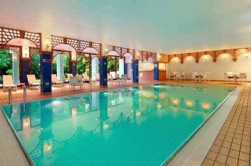 Doubletree by hilton luxembourg luxembourg ville for Piscine couverte luxembourg