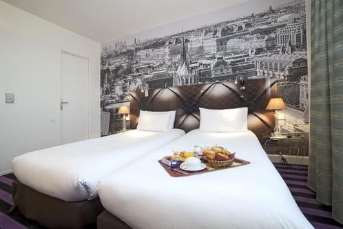 qualys hotel paris ouest la d fense nanterre. Black Bedroom Furniture Sets. Home Design Ideas
