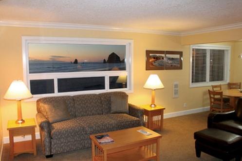 tolovana inn cannon beach. Black Bedroom Furniture Sets. Home Design Ideas