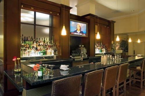 sheraton portland airport hotel portland. Black Bedroom Furniture Sets. Home Design Ideas
