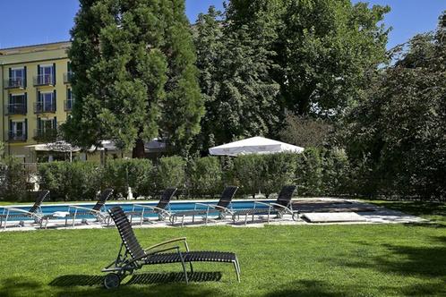 clarion hotel hirschen fribourg en brisgau. Black Bedroom Furniture Sets. Home Design Ideas