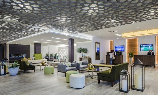 The ridge hotel lake geneva for Design hotel 16 geneva