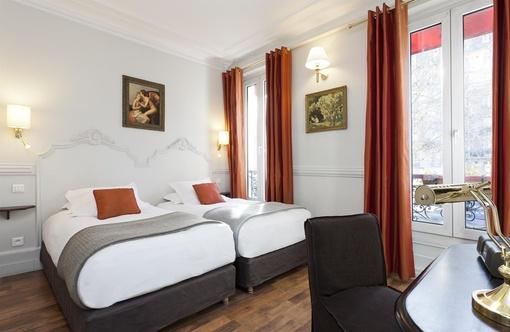 Hotel De La Porte Dor E Paris