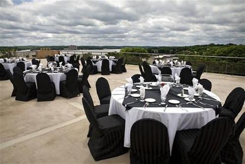 Lodge Of Four Seasons Golf Resort Marina And Spa
