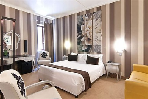 Royal palace luxury hotel piazza di spagna rome for Royal palace luxury hotel 00187 roma