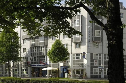 best western aparthotel muenchen m nchen. Black Bedroom Furniture Sets. Home Design Ideas