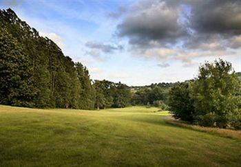Tudor park marriott hotel country club maidstone for Club natura colchones