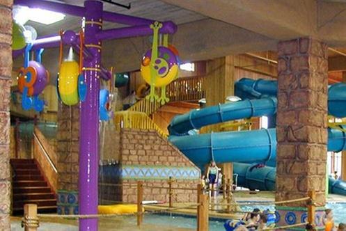 polynesian water park resort wisconsin dells