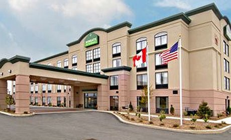 Holiday Inn Express And Suites North East 5008386697
