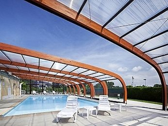 Mercure cabourg hippodrome cabourg for Piscine cabourg