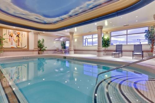 Holiday inn suites grande prairie conference center grande prairie for Swimming pools in grande prairie