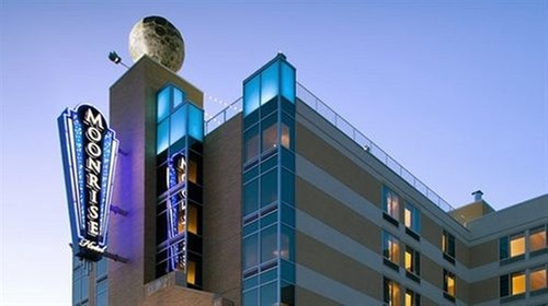 Lunar-Themed Boutique Hotel in St. Louis's Vibrant Delmar Loop. Eight stories above the thrum of Delmar Boulevard in St. Louis's Loop neighborhood, there's a foot-wide, 3,pound model of the moon—the largest model of its kind in the allereader.ml: $