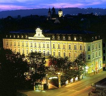 eurostars park hotel maximilian regensburg. Black Bedroom Furniture Sets. Home Design Ideas